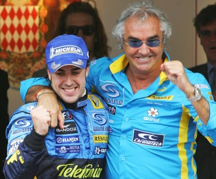 Fernando Alonso i Flavio Briatore /AFP