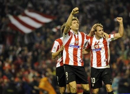 Fernando Llorente (z lewej) i Fran Yeste fetują zwycięstwo /AFP