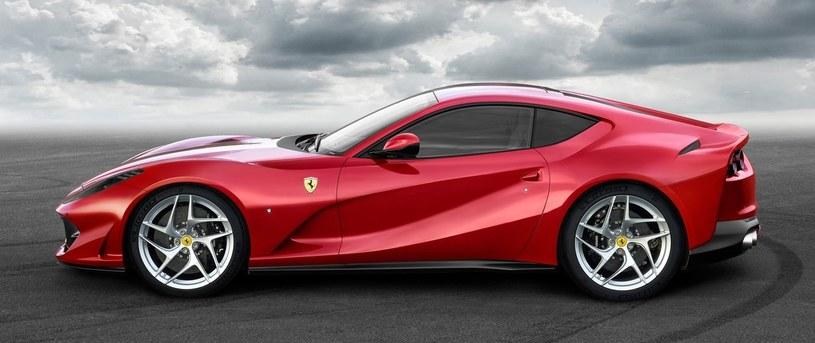Ferrari 812 SuperFast /