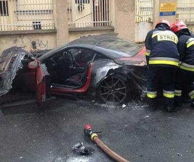 Ferrari california  poszło z dymem. Zobacz film i zdjęcia