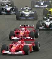 Ferrari Michaela Schumachera (na pierwszym planie)