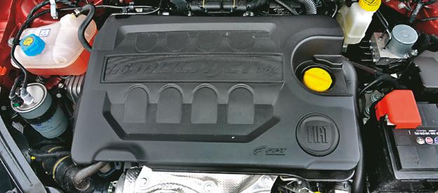 FIAT Diesel 1.6 Multijet ma moc 120 KM, jego najmocniejszy punkt to trwałość. /Motor
