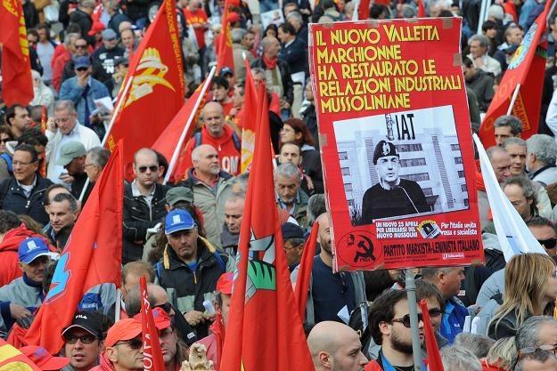 Fiat nie od dziś wojuje ze związki. Tutaj październikowa demonstracja w Rzymie /AFP