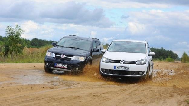 Fiat standardowo jest autem 7-osobowym. VW za 2 dodatkowe miejsca wymaga dopłaty. /Motor