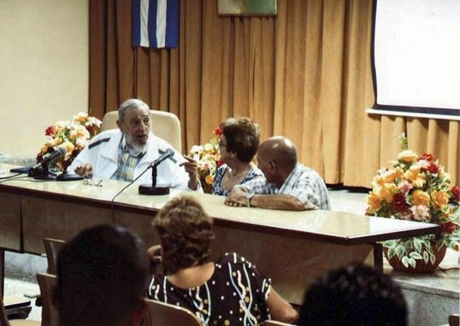 Fidel Castro /PAP/EPA/ESTUDIOS REVOLUCION/CUBADEBATE / HANDOUT /PAP/EPA