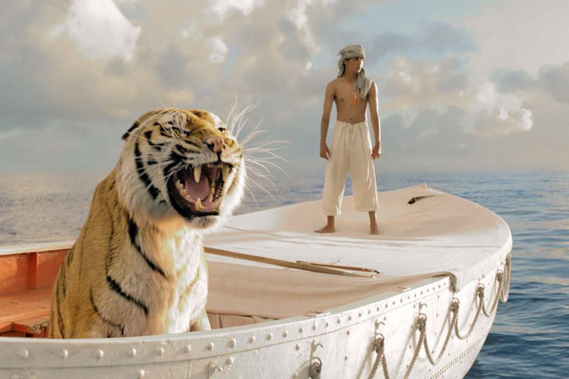 Film jest ekranizacją powieści, która sprzedała się w siedmiu milionach egzemplarzy i latami okupowała wysokie miejsca na listach bestsellerów /materiały prasowe