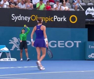 Finał WTA w Sydney. Agnieszka Radwańska - Johanna Konta 4:6, 2:6. Skrót meczu