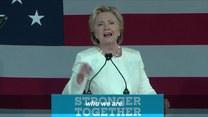 Finisz kampanii prezydenckiej w USA. Hillary Clinton razem z byłą Miss Universe