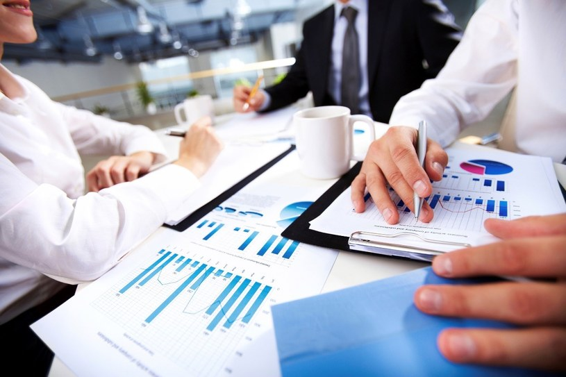 Firmy chcą kontynuacji wsparcia od państwa? /123RF/PICSEL