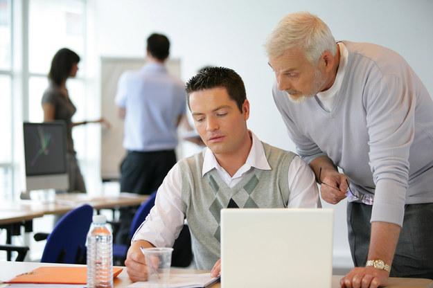 Firmy coraz częściej inwestują w uczniów /© Panthermedia