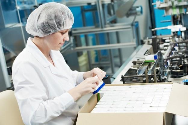 Firmy stają przed koniecznością podwyżek pensji /123RF/PICSEL