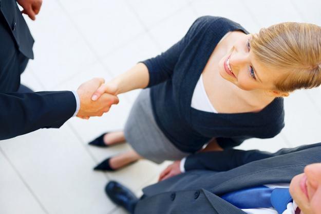 Firmy szybko uświadamiają sobie jak wiele korzyści płynie z zatrudnienia czasowego /© Panthermedia