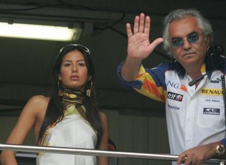 Flavio Briatore, szef ekipy Renault krytykuje zawiły regulamin F1. /AFP