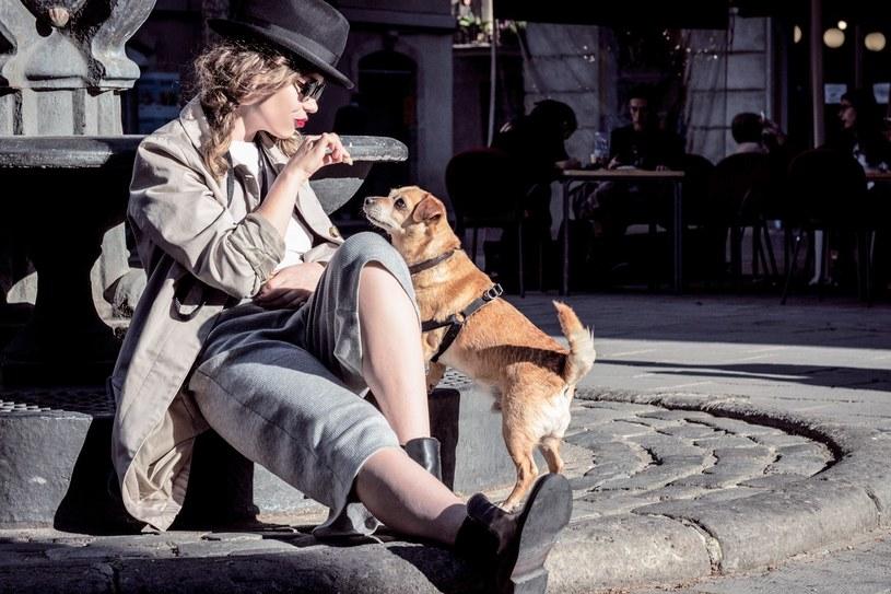Flow i pies Piotrek w Barcelonie /Karolina Shumilas /materiały prasowe