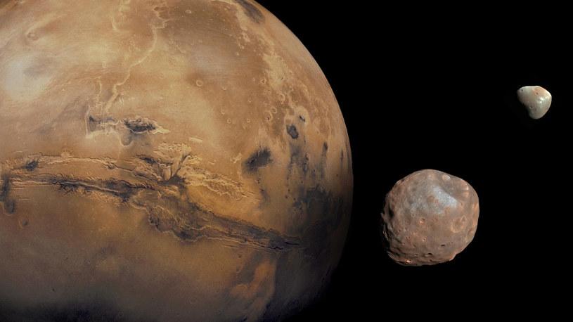 Fobos i Deimos powstały w wyniku kolizji Marsa z innym obiektem? /NASA