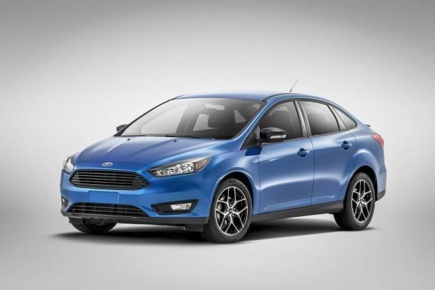 Ford Focus sedan po liftingu /
