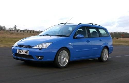 Ford Focus ST 170: nie tylko z nadwoziem hatchback, ale także jako praktyczne kombi. Ceny: od 12 do 26 tys. zł. /Ford