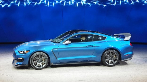 Ford Mustang 350R /Ford