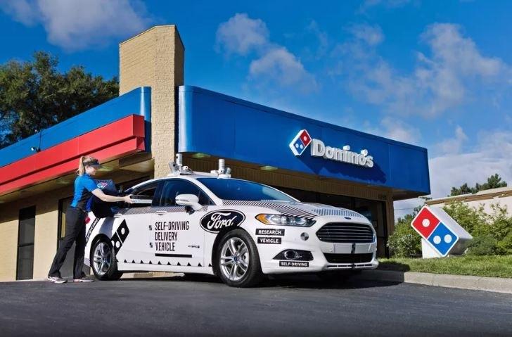 Ford pracuje nad wdrożeniem autonomicznych samochodów /materiały prasowe