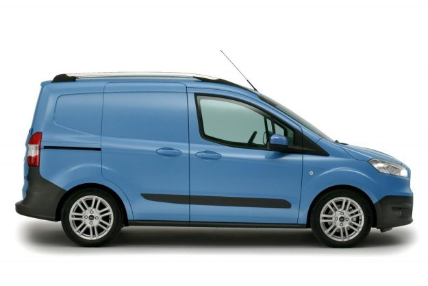 Ford Transit Courier /