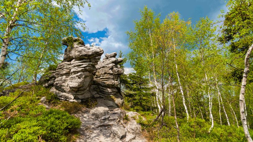 Formacje skalne w Górach Stołowych /123RF/PICSEL