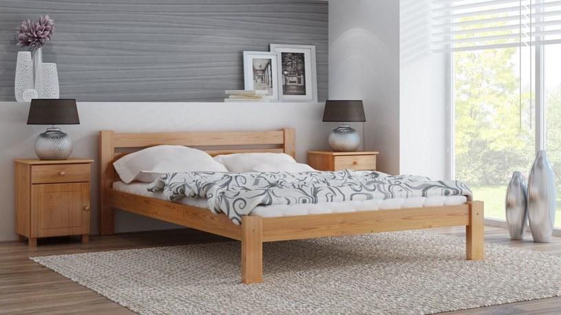 Fot. Meble Magnat - łóżko Azja w kolorze olchy /materiały prasowe