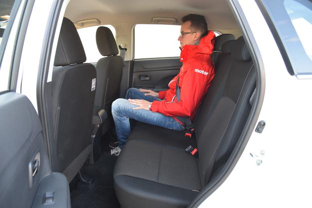 fotele samochodowe /Motor