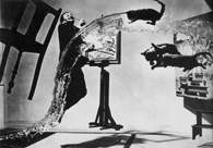 Fotomontaż: Philippe Halsman, Dali Atomicus, 1948 /Encyklopedia Internautica