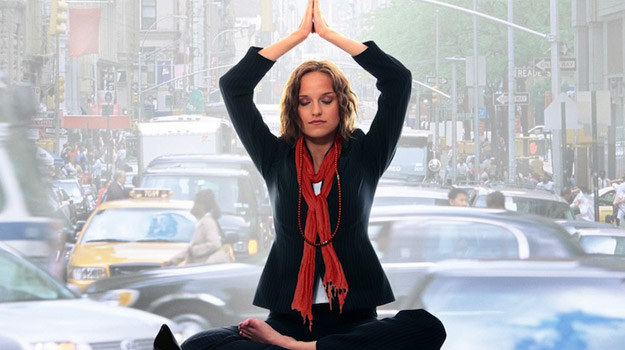 """Fragment plakatu """"Yogawoman"""", obrazu, który będzie można zobaczyć na Festiwalu Filmów Świata /materiały prasowe"""