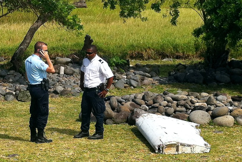 Fragment wraku znaleziono na francuskiej wyspie Reunion /YANNICK PITON /AFP
