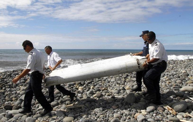 Fragment znaleziony na Reunion to część Boeinga 777 /PAP/EPA