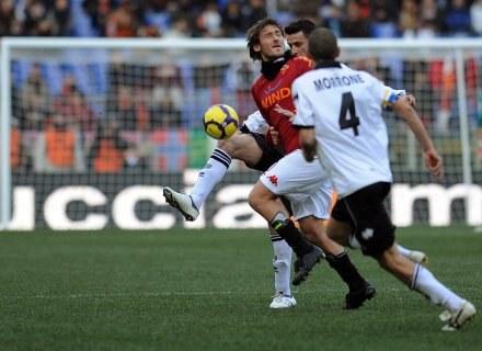 Francesco Totti nabawił się urazu w meczu z Parmą /AFP
