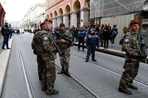Francja: Atak na żołnierzy przed ośrodkiem żydowskim
