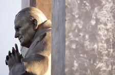 Francja: Diecezja w Vannes oceniła wyrok ws. pomnika Jana Pawła II