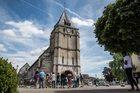 Francja: Episkopat wzywa do braterskiego powitania muzułmanów