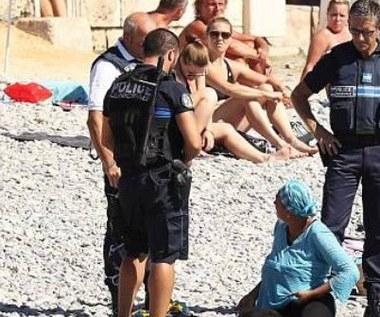 Francja: Policjanci kazali muzułmance ściągnąć burkini