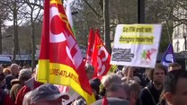 Francja: Starcia przeciwników Le Pen z policją