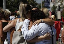 Francja uczciła ofiary zamachu w Nicei minutą ciszy