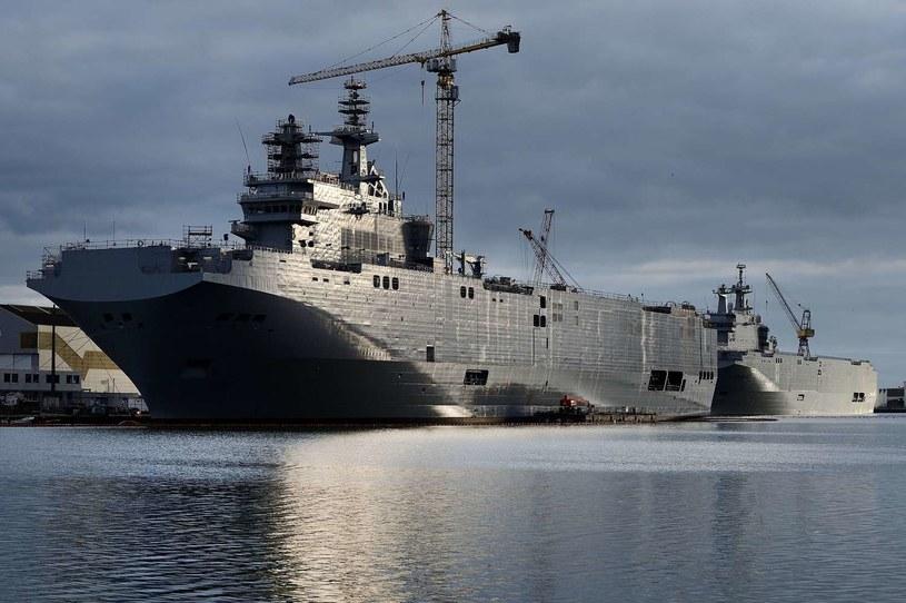 Francja zwróci Rosji prawie 1,2 mld euro za niedostarczone okręty desantowe Mistral /AFP