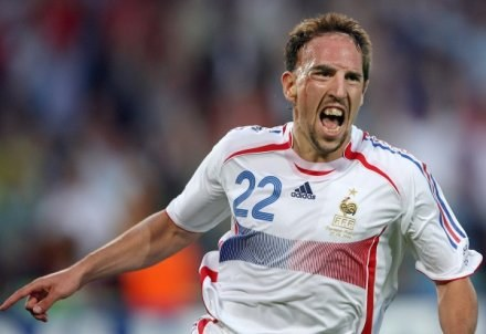 Franck Ribery na razie chce grać tylko dla chwały Olympique Marsylia /AFP