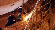 Francuscy budowlańcy tną zatrudnienie obcokrajowców. Szukają pracowników 3 w 1