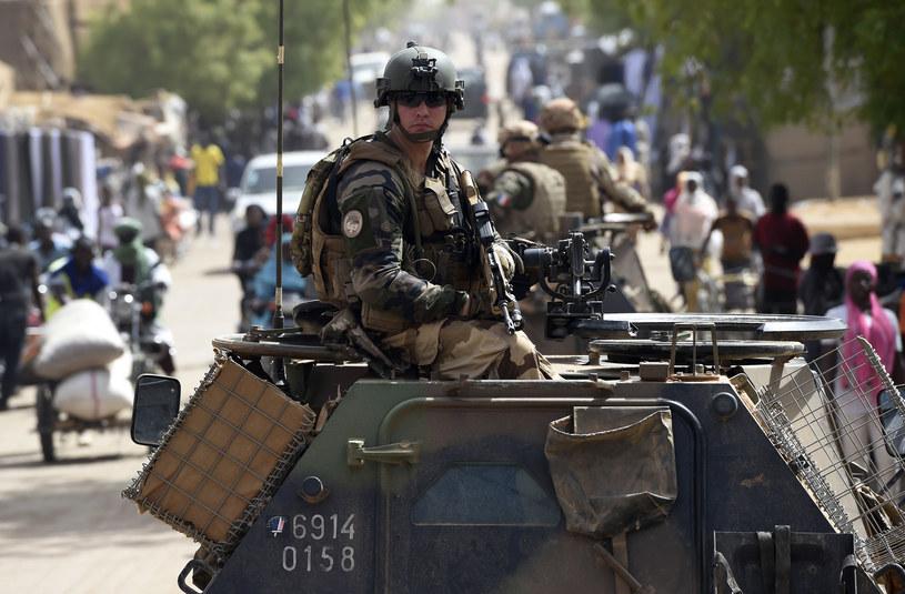 Francuscy żołnierze patrolujący ulice Gao /AFP