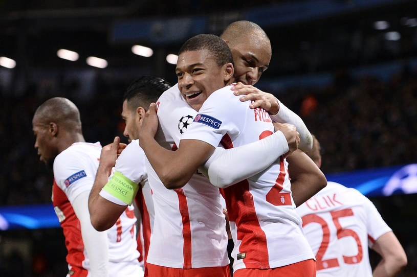Francuz trafił tydzień temu na czołówki europejskiej prasy, strzelając gola w meczu Ligi Mistrzów z Manchesterem City /AFP