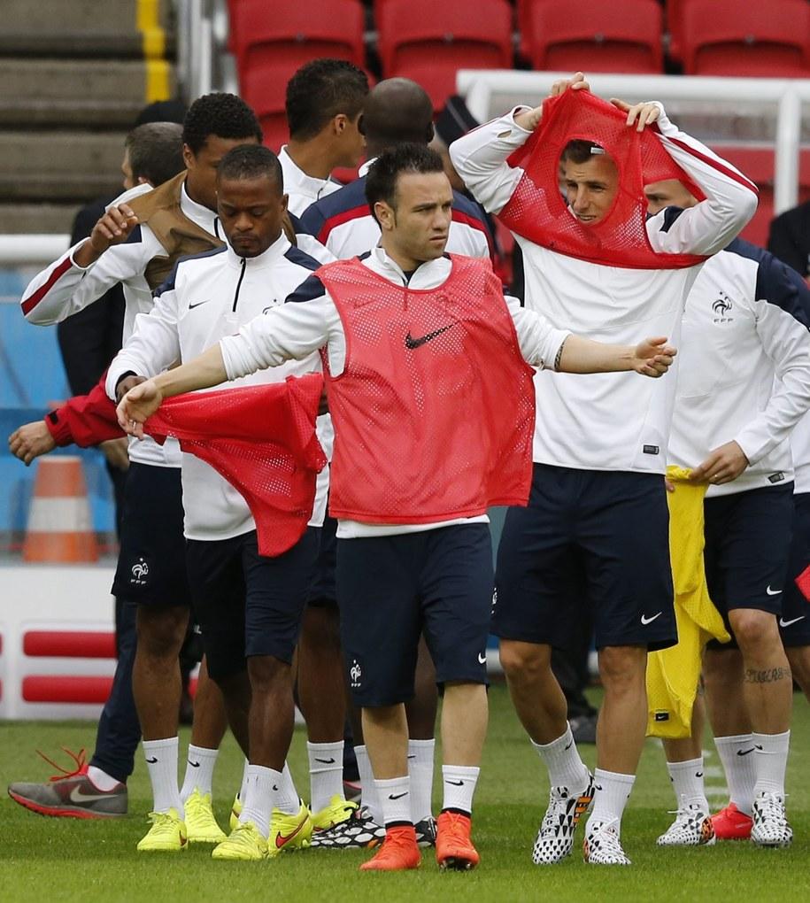 Francuzi podczas treningu /ARMANDO BABANI  /PAP/EPA