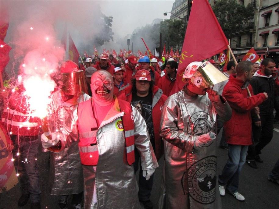 Francuzi wyszli na ulice największych miast w kraju /Marek Gładysz /RMF FM