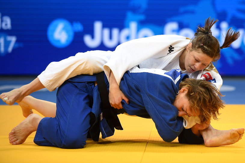 Francuzka Margaux Pinot (niebieski) i Słowenka Tina Trstenjak (biały) w finałowym pojedynku /Bartłomiej Zborowski /PAP
