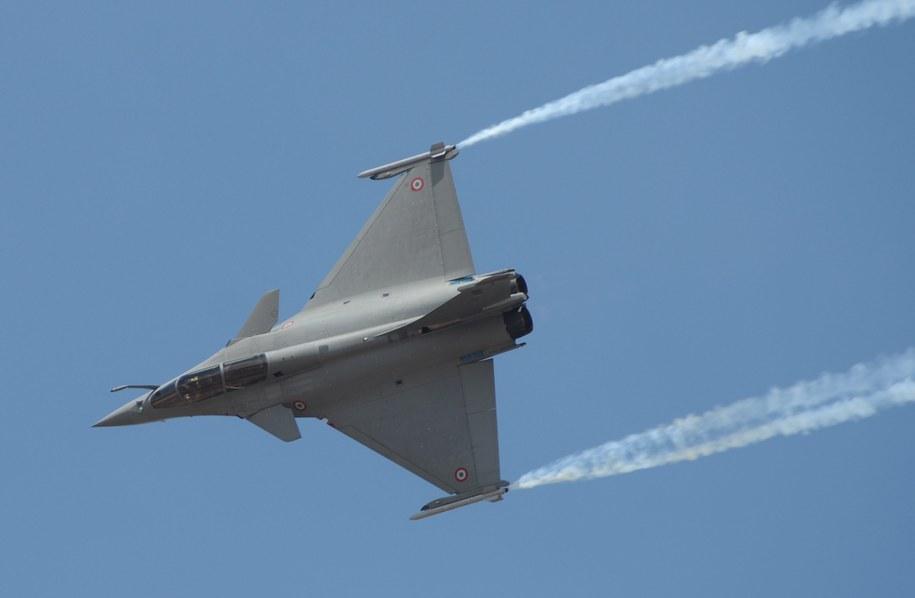Francuzki myśliwiec Rafale /JAGADEESH NV /PAP/EPA