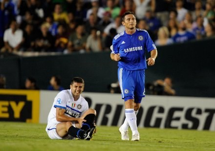 Frank Lampard (z prawej) /AFP