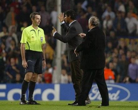 Frank Rijkaard miał pretensje do Fariny /AFP