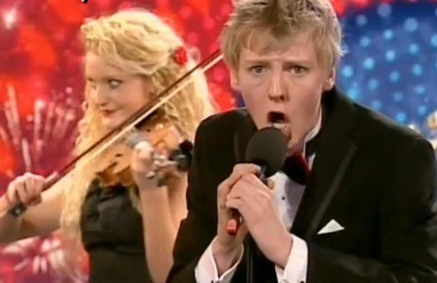"Frontman The Arrangement w akcji - fot. ""Britain's Got Talent""/ITV /"